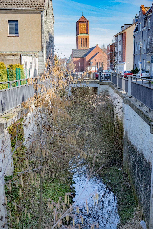 Castrop-Rauxel, Schulstraße, Deininghauser Bach