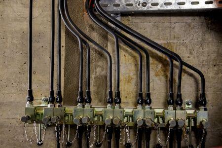 Hydraulikrohre zur manuellen Steuerung